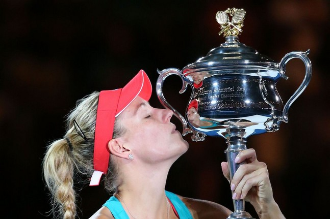 Le trophée de Kerber bloqué à Varsovie !