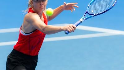 Sharapova tombe d'entrée à Moscou