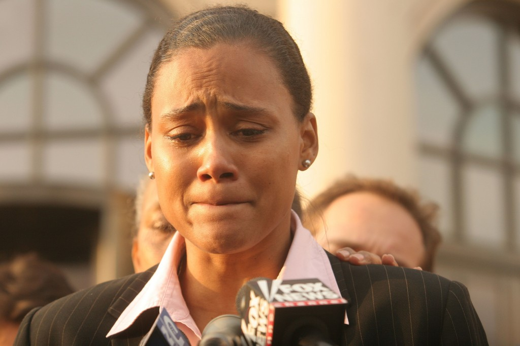 WHITE PLAINS, NY - OCTOBER 5: Three-time Olympic gold medalist Marion Jones speaks to the media outside a United States federal courthouse October 5, 2007 in White Plains, NY. Jones pleaded guilty to charges in connection with steroid use. (Photo by Hiroko Masuike/Getty Images)