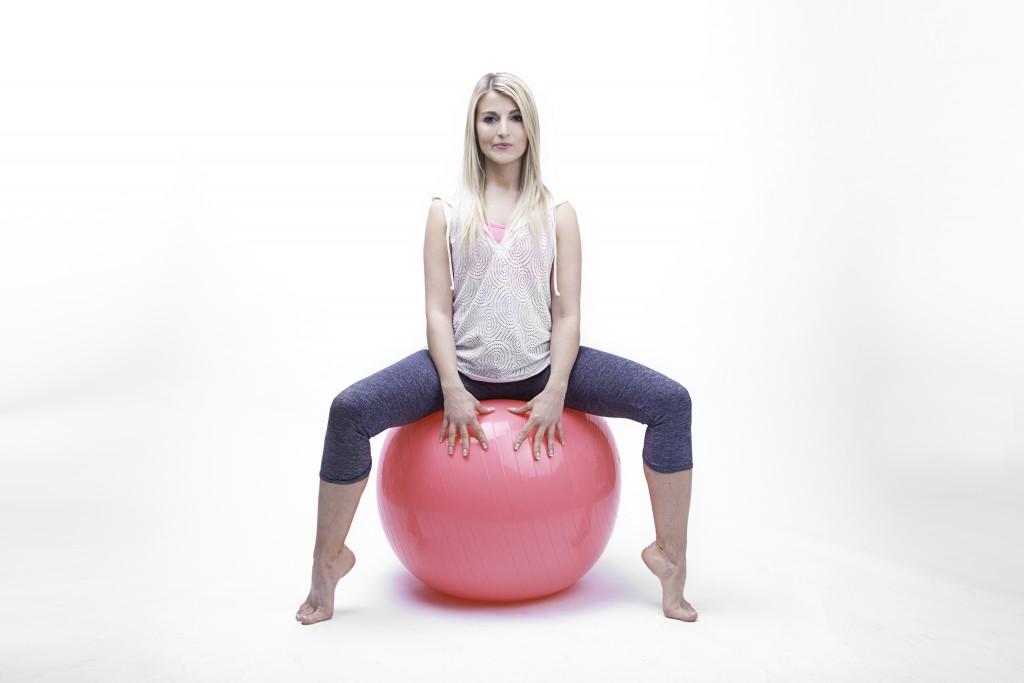 Sport et grossesse : le Postural Ball