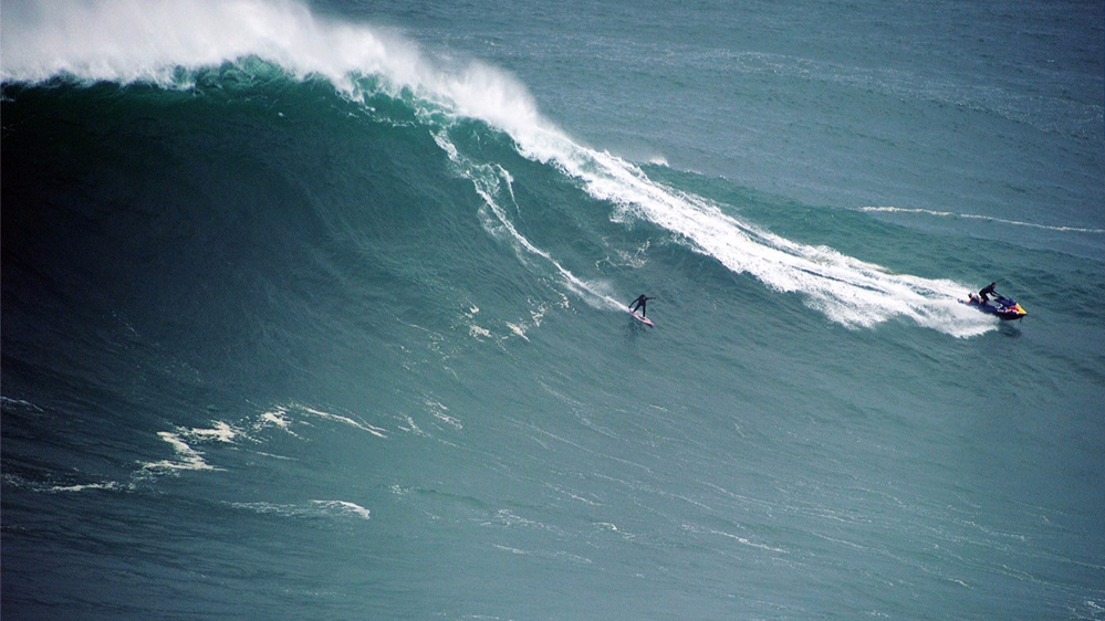 La surfeuse Justine Dupont s'offre les plus belles vagues de sa carrière