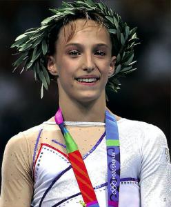Émilie Le Pennec a rapporté la première médaille olympique de la gymnastique à la France.
