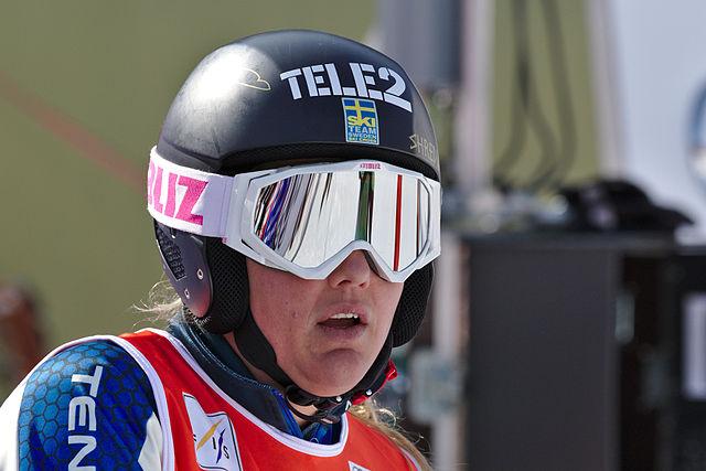 Skicross : après 5 mois de coma, Anna Holmlund est consciente et communique