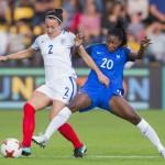 Décidément, même si la France est l'une des meilleures nations du football féminin, les Bleues ne parviennent pas à passer les quarts de finale des compétitions majeures.