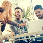 Le guide des bonnes pratiques Sport Univers'Elle recense les actions de communication visant à favoriser la mixité dans les métiers du sport. (c) Shutterstock.