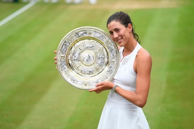 Muguruza sacrée à Wimbledon