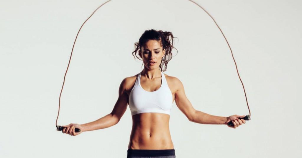 8 bonnes raisons de se mettre à la corde à sauter