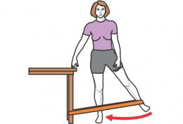 exercice-moyen-fessier-debout-elastique