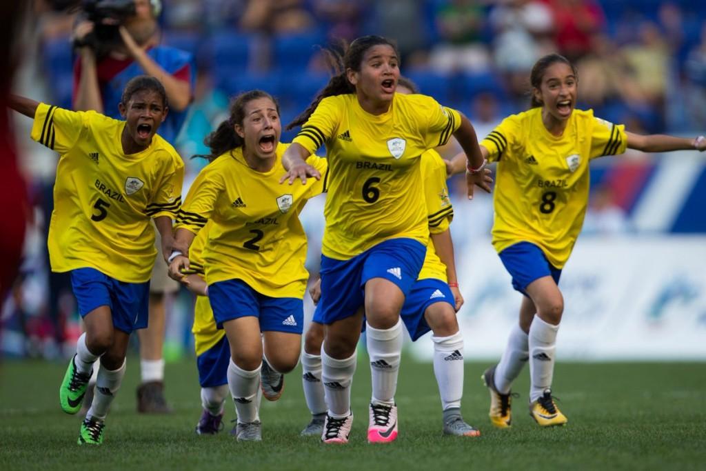 Les Brésiliennes remportent la Danone Nations Cup