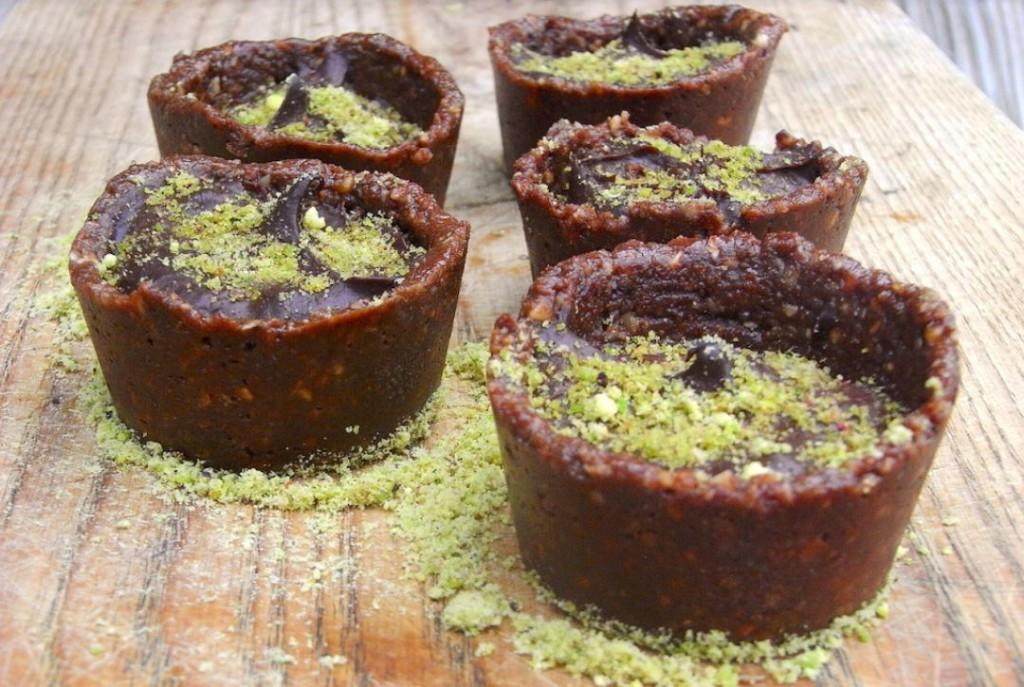 Superfood : recette de tartelette crue chocolat avocat