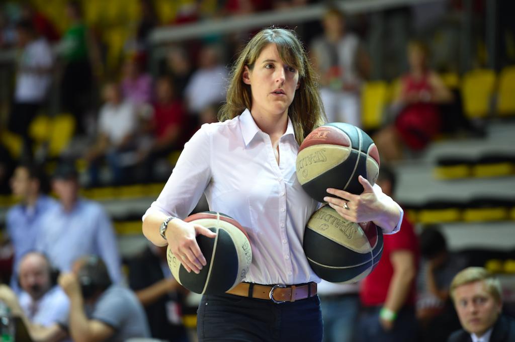 Lauriane Dolt, coach assistante de Vincent Collet à la SIG Strasbourg