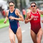 L'Américaine Gwen Jorgensen (à gauche) était passée de l'athlétisme au triathlon en 2011.