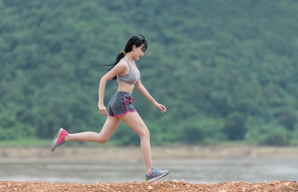 Courir seule : les précautions à prendre