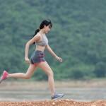 Première précaution à prendre avant de partir courir seule : prévenir son entourage.