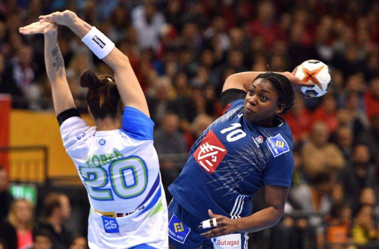 Mondial Handball : Les Bleues en quarts