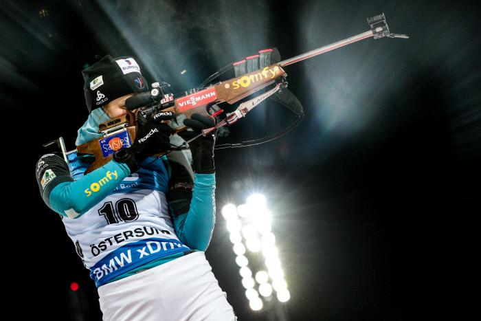 Justine Braisaz prend la tête de la Coupe du monde de biathlon !