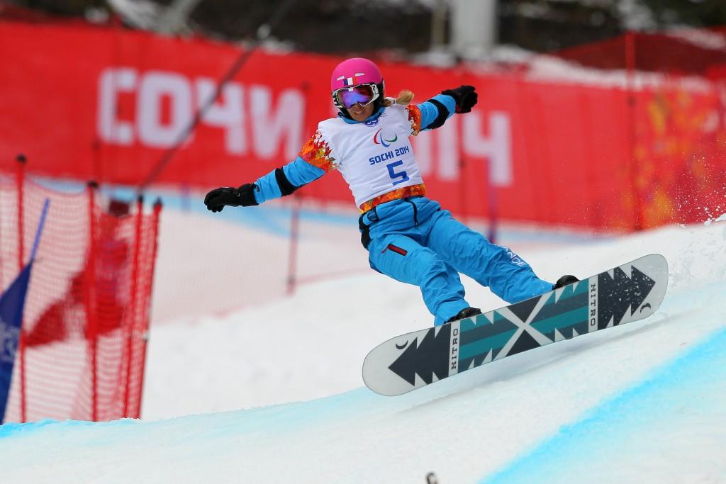 Cécile Hernandez-Cervellon a participé aux Jeux Paralympiques de Sotchi quelques mois seulement après être remontée sur une planche de snowboard. © Photo Grégory Picout