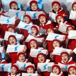 Les pom-pom girls nord-coréennes créent le malaise dans les travées des tribunes olympiques...