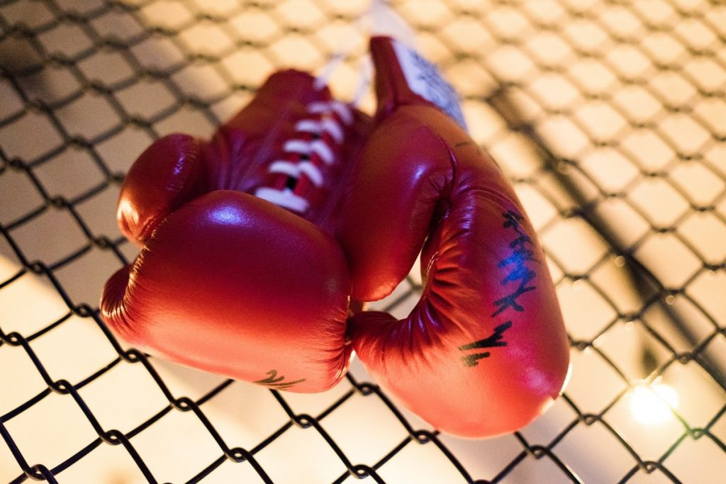 La boxeuse Aziza Oubaita, transplantée cardiaque, remonte sur le ring pour un ultime combat