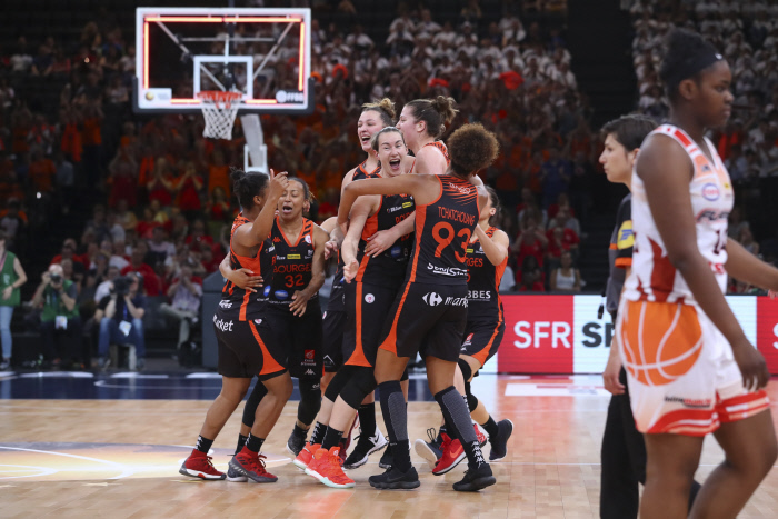 Basketball : Bourges décroche son 14e titre de champion de France, un record absolu !