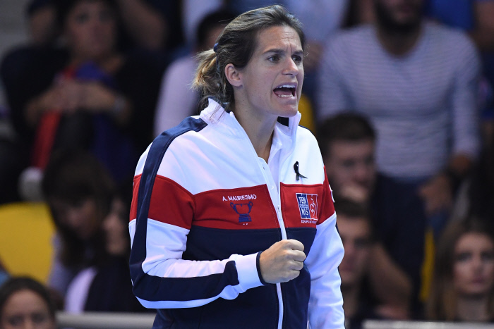Amélie Mauresmo devient la première femme capitaine de l'EDF en Coupe Davis