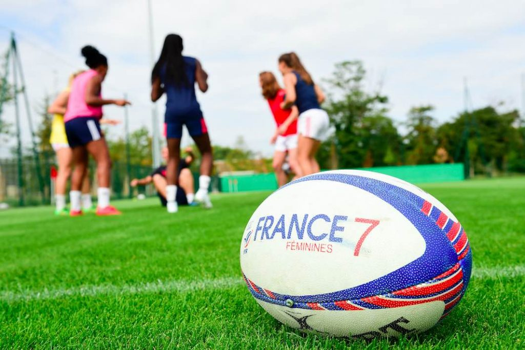 Bernard Lapasset nous parle Rugby à 7 féminin