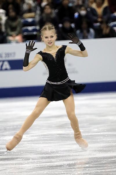 Patinage artistique – Alexandra Trusova, 15 ans, remporte la Coupe de Russie !