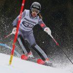 La skieuse française Adeline Mugnier, spécialité des épreuves techniques, a annoncé la fin de sa saison 2019 en raison d'une grave blessure au genou gauche.