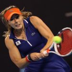 La Française Alizé Cornet (47e), s'est qualifiée pour les demi-finales du tournoi WTA Hobart jeudi en battant la Belge Greet Minnen (346e) 6-1, 6-4.