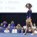Dimanche dernier, lors d'une compétition universitaire en Californie, la gymnaste américaine Katelyn Ohashi a obtenu la note parfaite de 10.0 au sol.