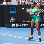 Serena Williams n'a pas badiné au premier tour de l'Open d'Australie mardi a Melbourne, en battant l'Allemande Tatjana Maria (73e) en 49 minutes (6-0, 6-2).