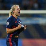 L'Olympique lyonnais a battu le Paris Saint-Germain en quart-de-finale de la Coupe de France féminine de football samedi, au Parc OL de Décines (1-0).