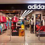 Dans une nouvelle campagne de communication, Adidas traite des femmes et de leur rapport au sport avec l'aide d'une de ses athlètes, Tessa Virtue.