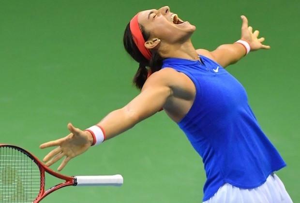 Fed Cup : Caroline Garcia envoie les Bleues en demi-finales