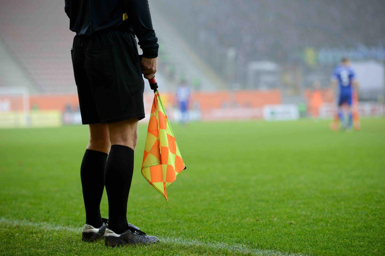 La FFF se lance dans la professionnalisation des arbitres féminines