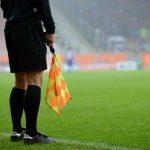 La Fédération française de football lance un plan de professionnalisation des arbitres féminines pour construire un arbitrage féminin de référence mondiale.