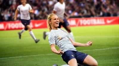 Nike dévoile les nouveaux maillots des Bleues pour la Coupe du monde