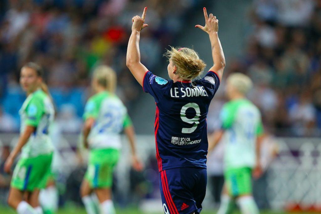Ligue des Champions : Lyon en demi-finales, Paris s'arrête en quart