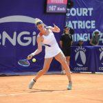 La Française Pauline Parmentier (55e au classement WTA) a confirmé sa présence aux Internationaux de Strasbourg qui auront lieu du 17 au 25 mai prochains.
