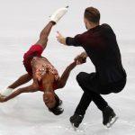 Les Français Vanessa James et Morgan Ciprès, champions d'Europe, ont terminé cinquièmes de l'épreuve en couples des Mondiaux-2019 de patinage artistique.
