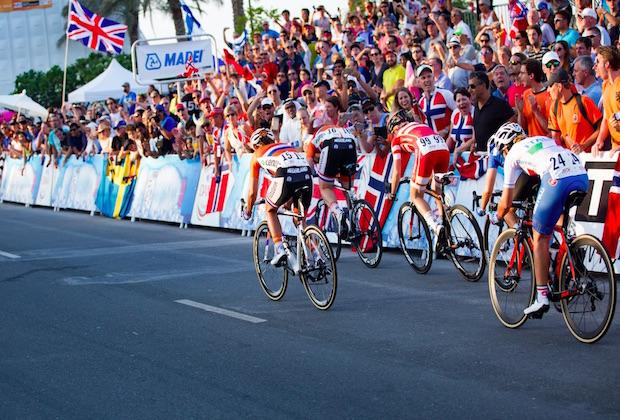 Cyclisme : Ellen van Dijk remporte la course A Travers la Flandre