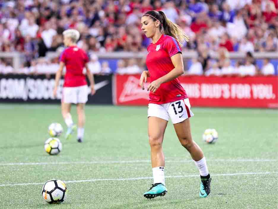 Il existe un endroit sur terre où le football féminin s'est plus rapidement et mieux développé que nulle part ailleurs : les États-Unis. Les USA sont la référence mondiale en matière de football féminin. La preuve en faits, en chiffres et en images.