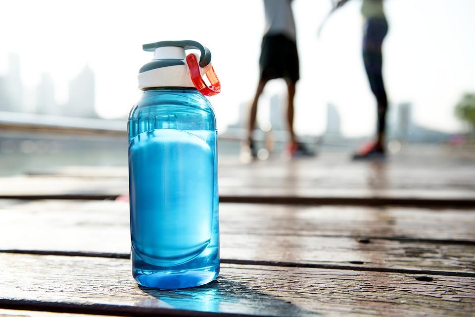 Mercredi food : à quelle fréquence boire avant, pendant, après le sport ?