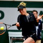 L'Ukrainienne Elina Svitolina s'est qualifiée pour le troisième tour de Roland-Garros ce matin, à la suite de l'abandon de sa compatriote Kateryna Kozlova.