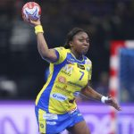 Les handballeuses messines ont pris une option sur un 23e titre en remportant la finale aller de la Ligue féminine de handball (LFH) contre Nice (33-21).