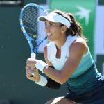 L'Allemande Angelique Kerber, ancienne N.1 mondiale, n'atteindra pas le deuxième tour du tournoi de Roland-Garros, au contraire de l'Espagnole Muguruza.