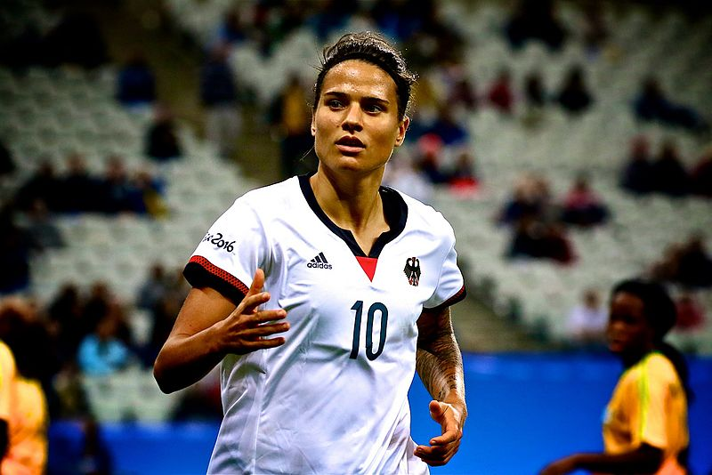 Trophées UNFP : Dzsenifer Marozsan élue meilleure joueuse de D1 Féminine