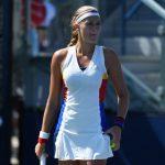 La Française Kristina Mladenovic (63e) a sèchement battu sa compatriote Caroline Garcia (22e) mardi, au premier tour du tournoi WTA de Rome (6-1, 6-2).