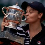 L'Australienne Ashleigh Barty, N.8 mondiale, a remporté le tournoi de Roland-Garros 2019 ce samedi en battant la jeune tchèque Marketa Vondrousova.