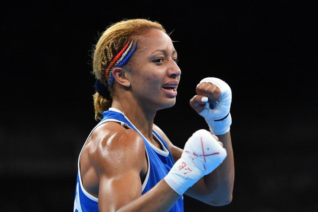 Estelle Yoka-Mossely, sacrée championne du monde des poids légers !